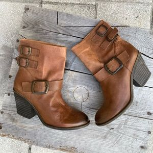 Lucky Brand TOMMIE leather booties